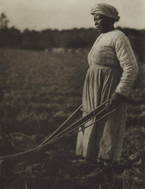 Plate 39 Ulmann, Doris  (American, 1882-1934)