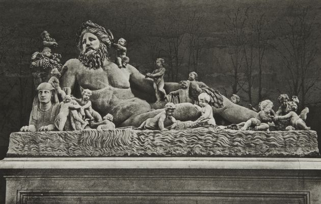 Ext. 59 Jardin des Tuileries