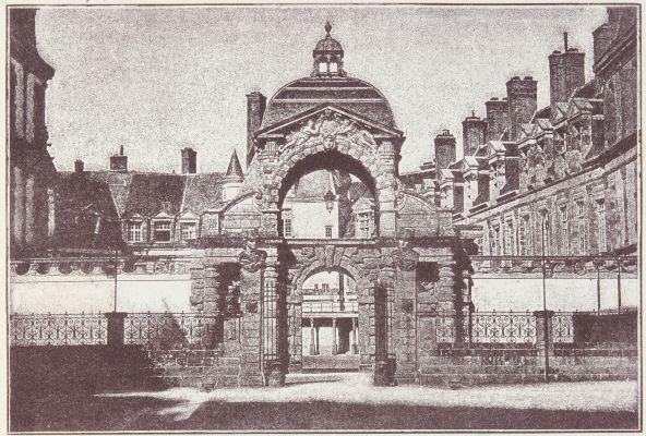 Vue du Baptistére Louis XIII