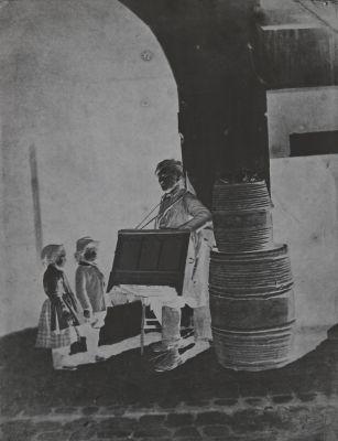 Le Joueur d'orgue barbarie