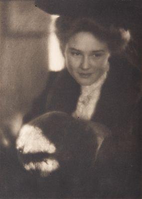 Portrait – Miss Mary Everett