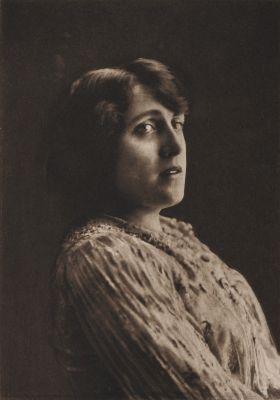 Miss Julia Nelson