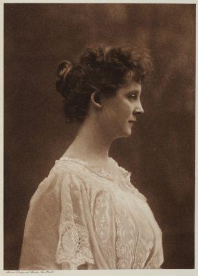 Mrs. RIchard W. Knott