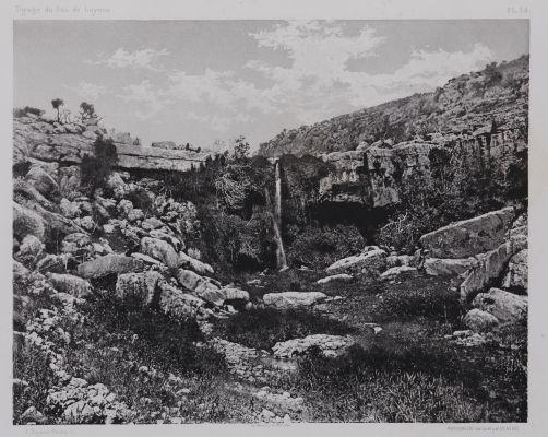 PL. 34 Ain Mousa: Au Pied du Mont Nebo