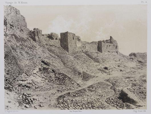PL. 4  Karak. Face Sud est de la Forteressa
