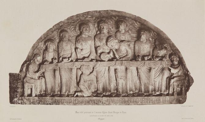 Bas-relief provenant de l'ancienne Eglise Saint-Benigne de Dijon