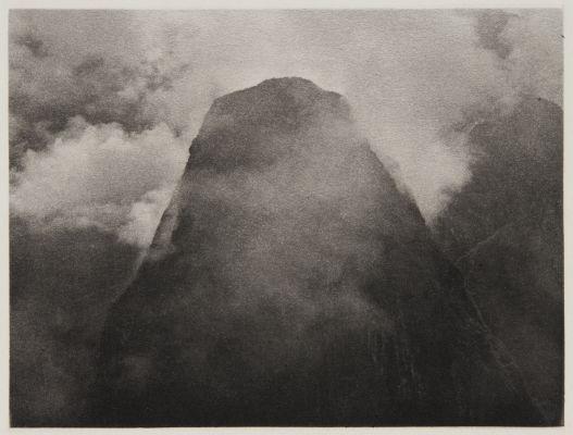 Putucusi Peak