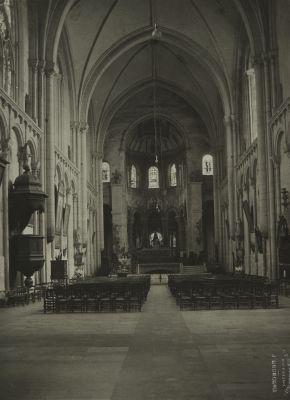 Pointers (Vienne) Église Saint Radegonde