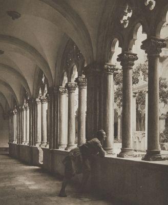 Kreuzgang des Dominikanerklosters in Ragusa.