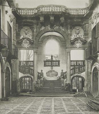 Hof des Palazzo Bonaggia in Palermo.