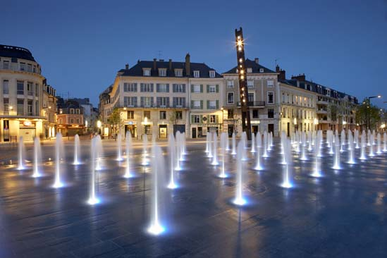 Place des Epars - Chartres, France