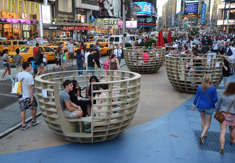 meeting-pods-in-ny-3-courtesy-of-times-square-alliance
