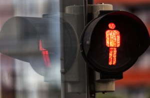 Pedestrian crossing red man
