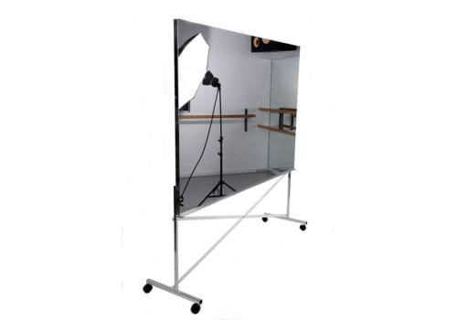 Dance mirror on high rolling base