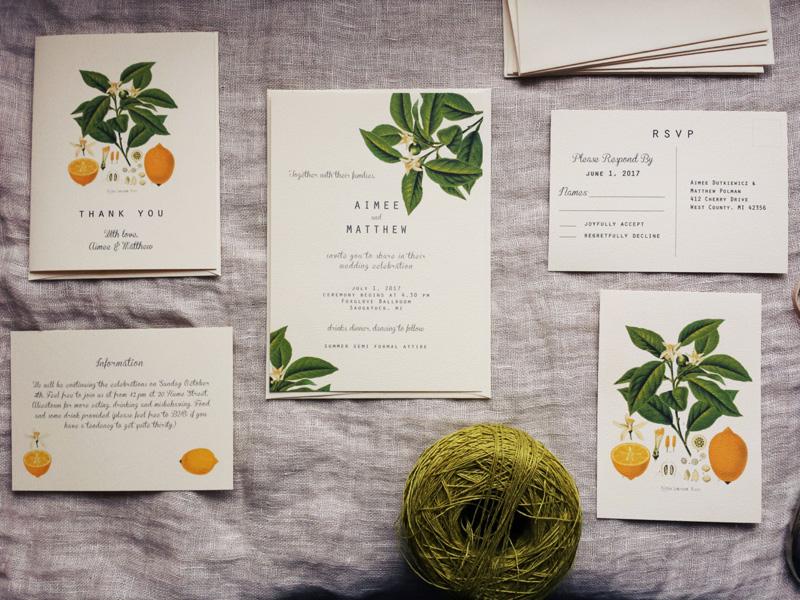 Mẫu thiệp cưới in họa tiết trái cây nhiệt đới