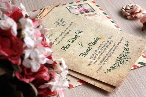 Sắp xếp các phần của thiệp cưới