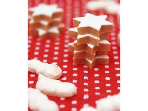 μπισκοτάκια πιπερόριζας (gingerbread cookies)