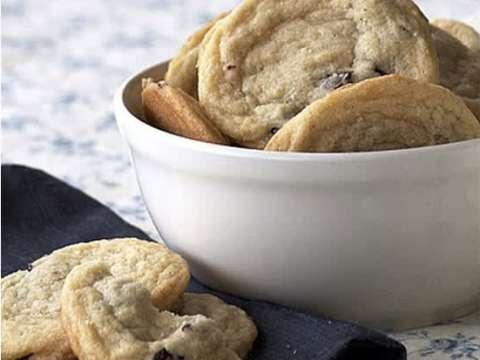 Μπισκότα με μύρτιλα και γάλα