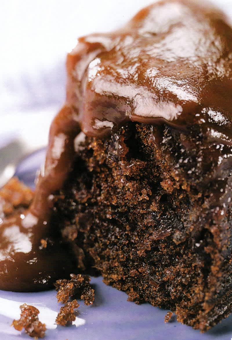Συνταγή Κέικ σοκολάτας με σως καραμέλας