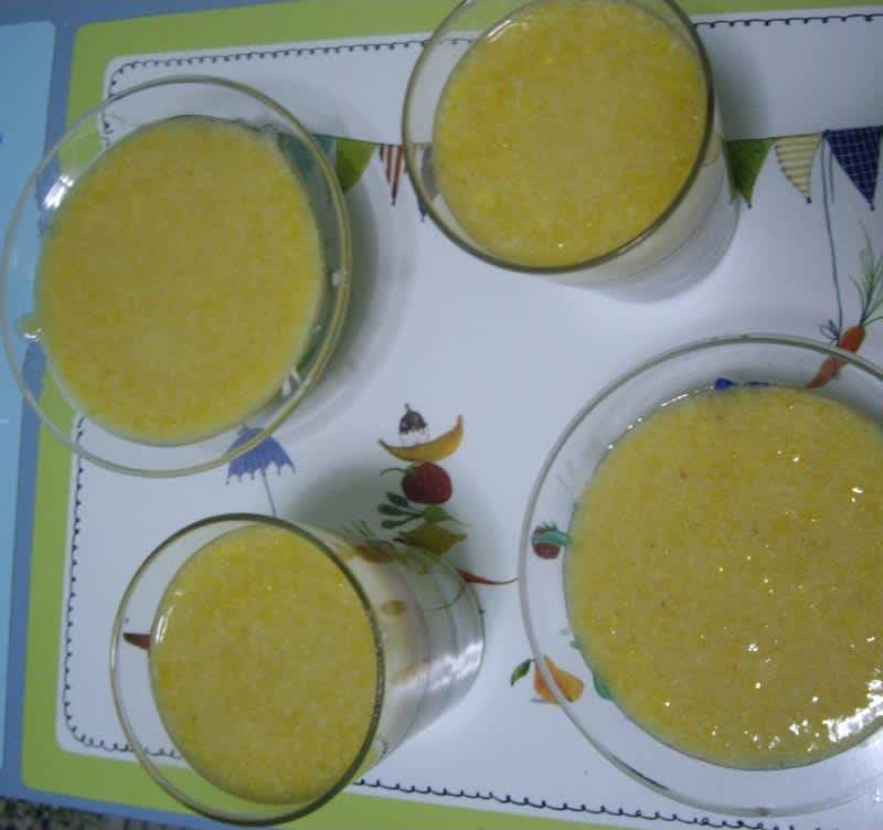 Συνταγή Μους με γιαούρτι και βερίκοκα