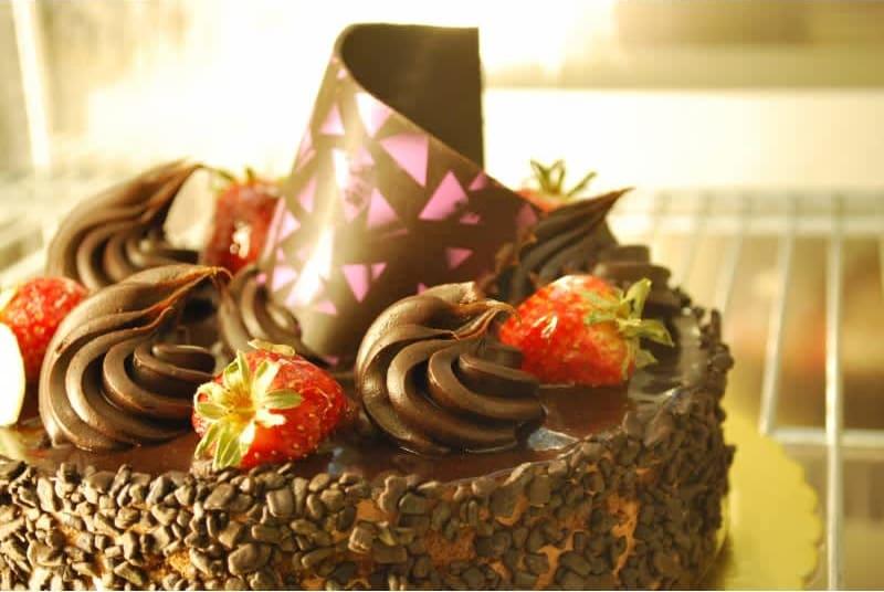 Συνταγή τούρτα σοκολάτα-φράουλα