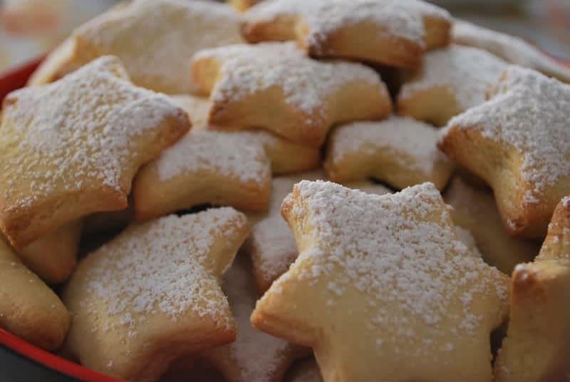 Συνταγή Χιονισμένα Μπισκότα Λεμονιού και Βουτύρου