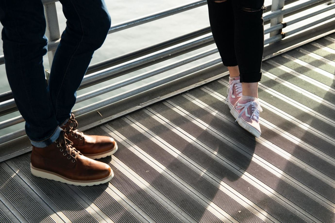 Welche Sneaker passen zum Rock?
