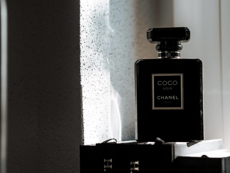 Wer ist Coco Chanel?}