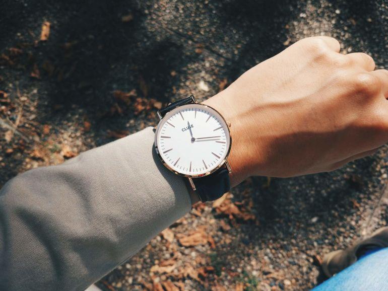 Welche Arten von Uhren gibt es?}