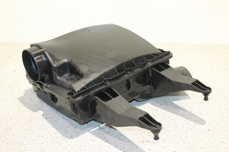000 090 5001 B: AIR CLEANER for Mercedes