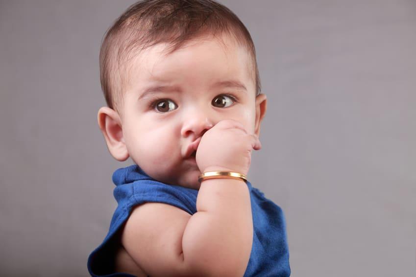Bad child oral habits