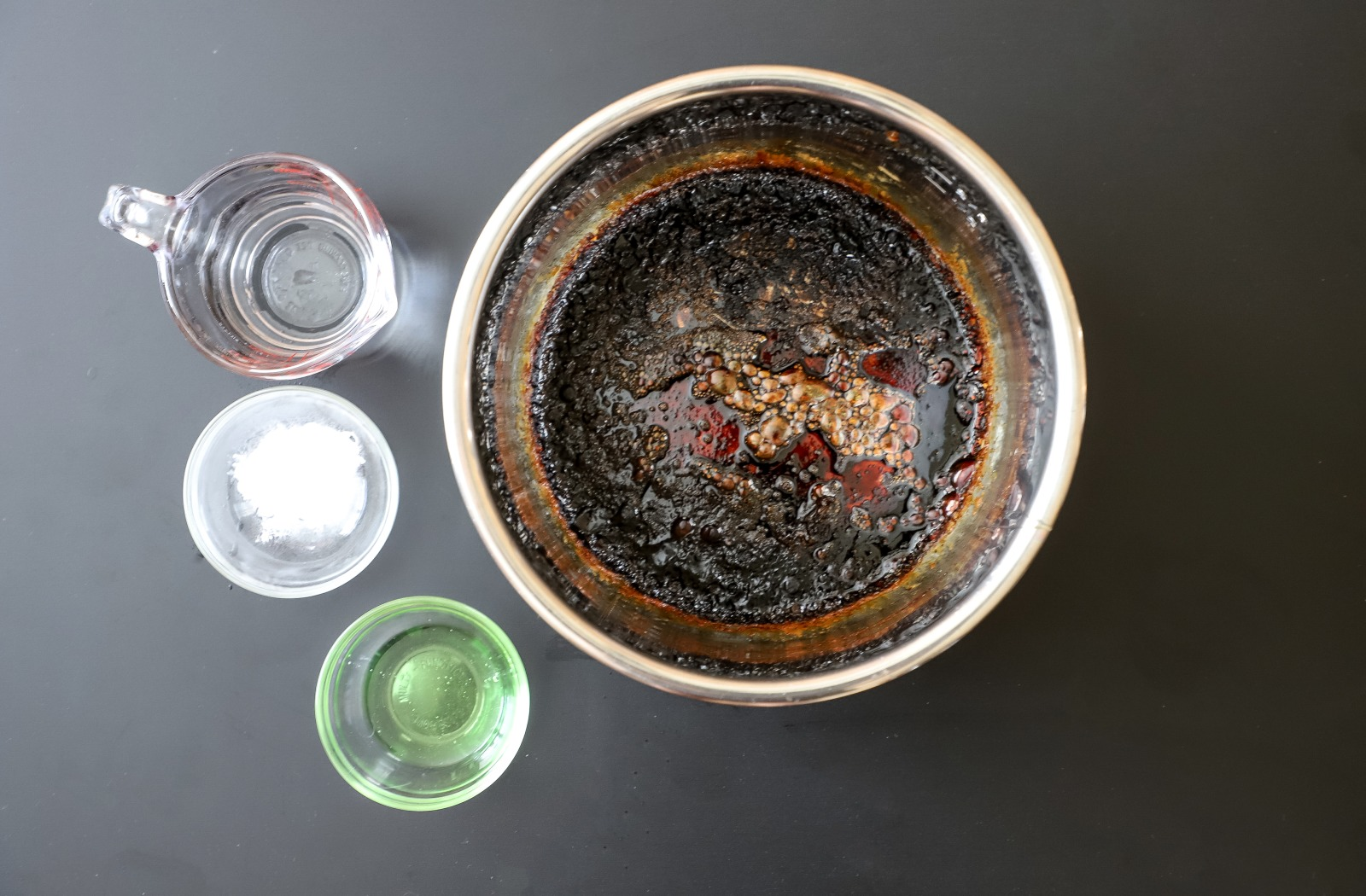 How to Clean a Scorched Pressure Cooker Pot image
