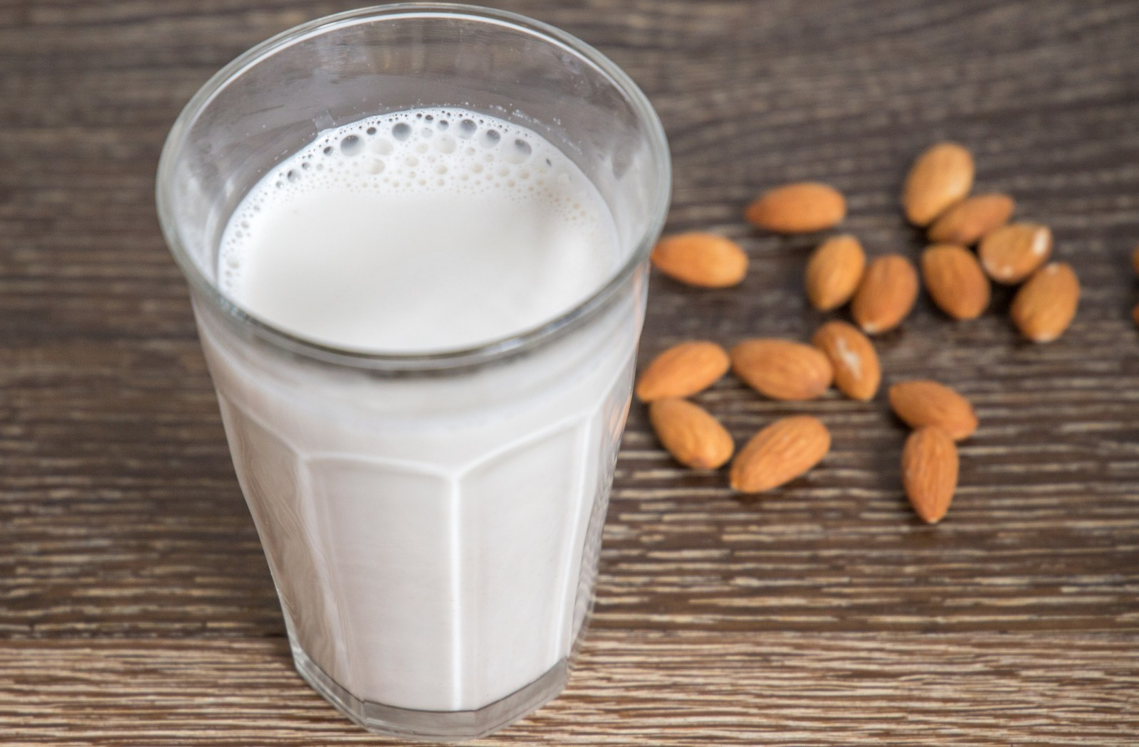 How to Make Almond Milk in a Pressure Cooker image
