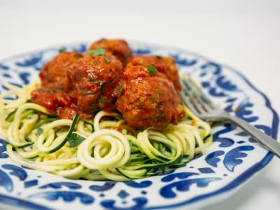 Spiralized Zoodle Spaghetti with Meatballs