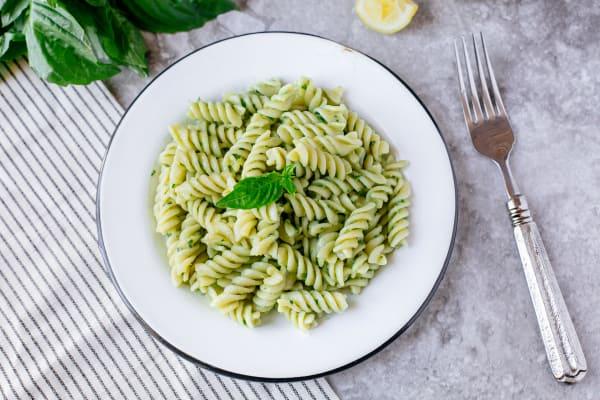 Quick Creamy Avocado Pasta