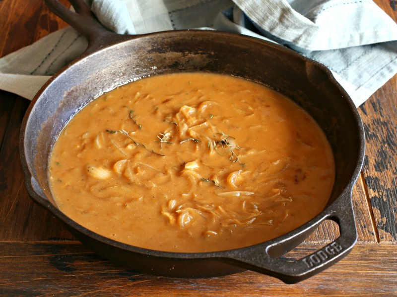 Caramelized Sweet Onion Gravy