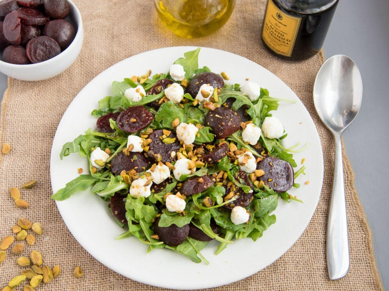 Beet Salad with Goat Cheese and Pistachos
