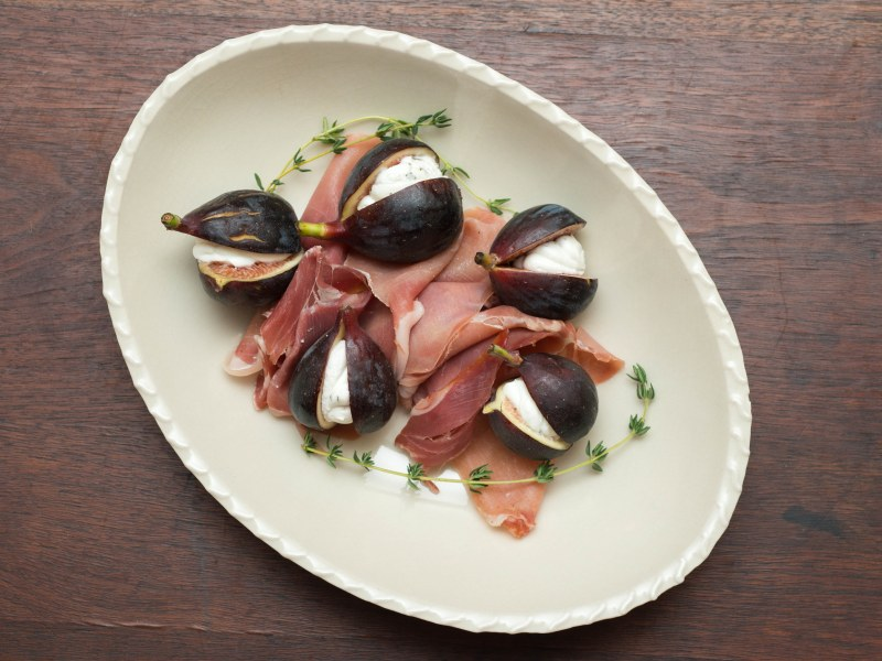 Figs Stuffed with Herbed Goat Cheese and Prosciutto