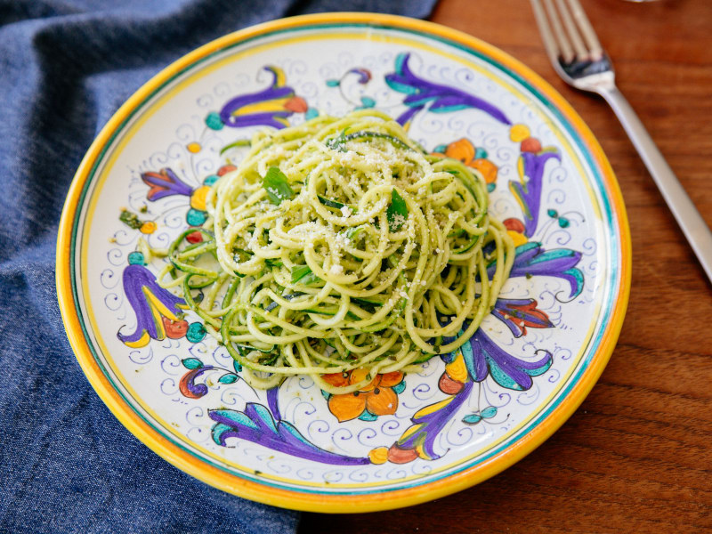 Spiralized Zoodles with Pesto