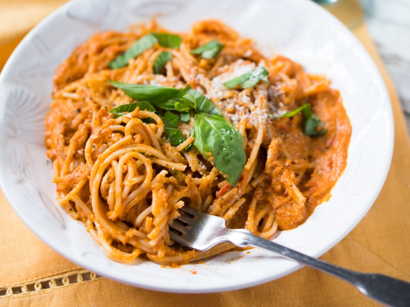Super Creamy Tomato And Ricotta Pasta Mealthy Com