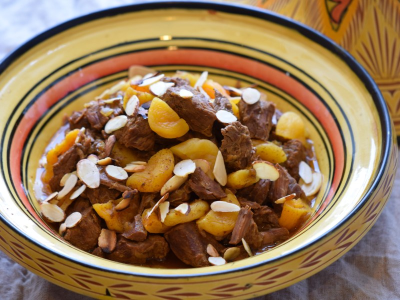 Slow Cooker Beef and Apricot Tagine