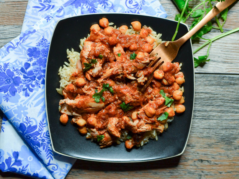 Slow Cooker Chicken and Chickpea Masala