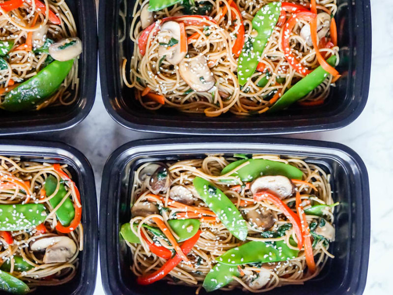 Meal Prep: Vegetable Lo Mein