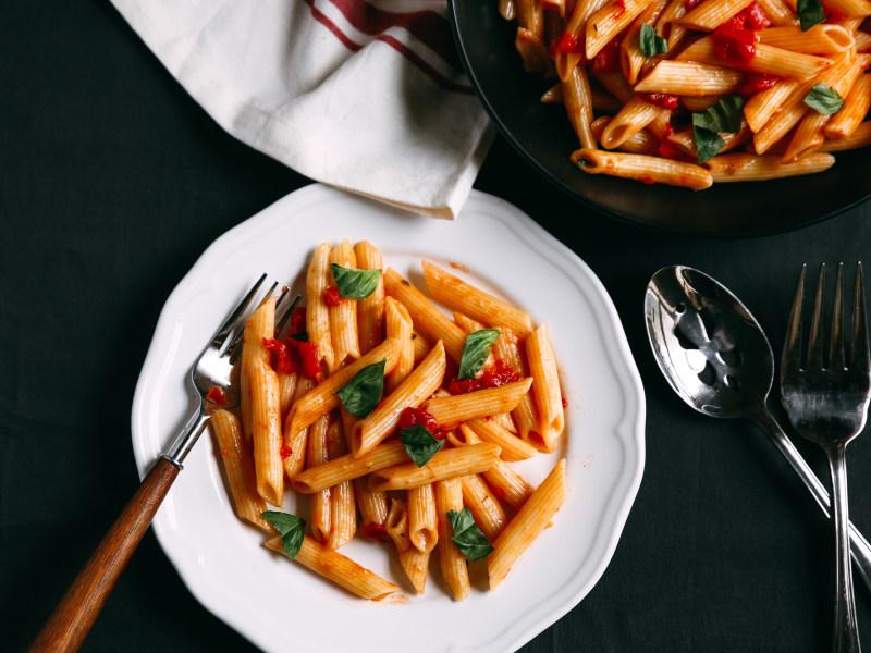 Pressure Cooker Penne in Tomato Sauce