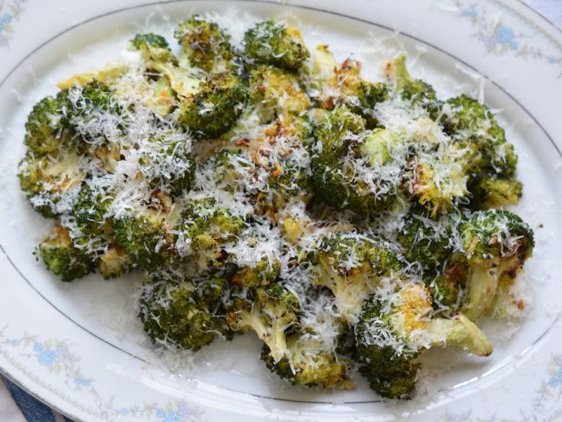 CrispLid Garlic Parmesan Broccoli