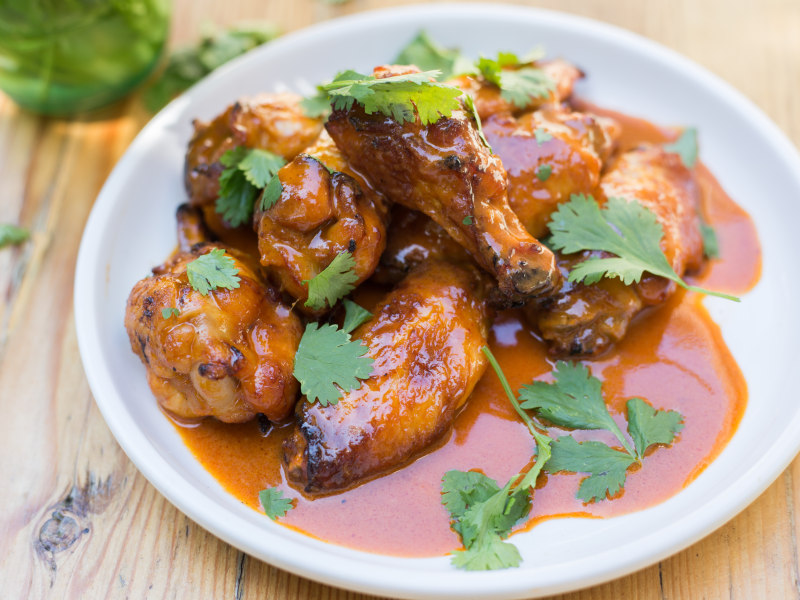 CrispLid Thai Curry Wings