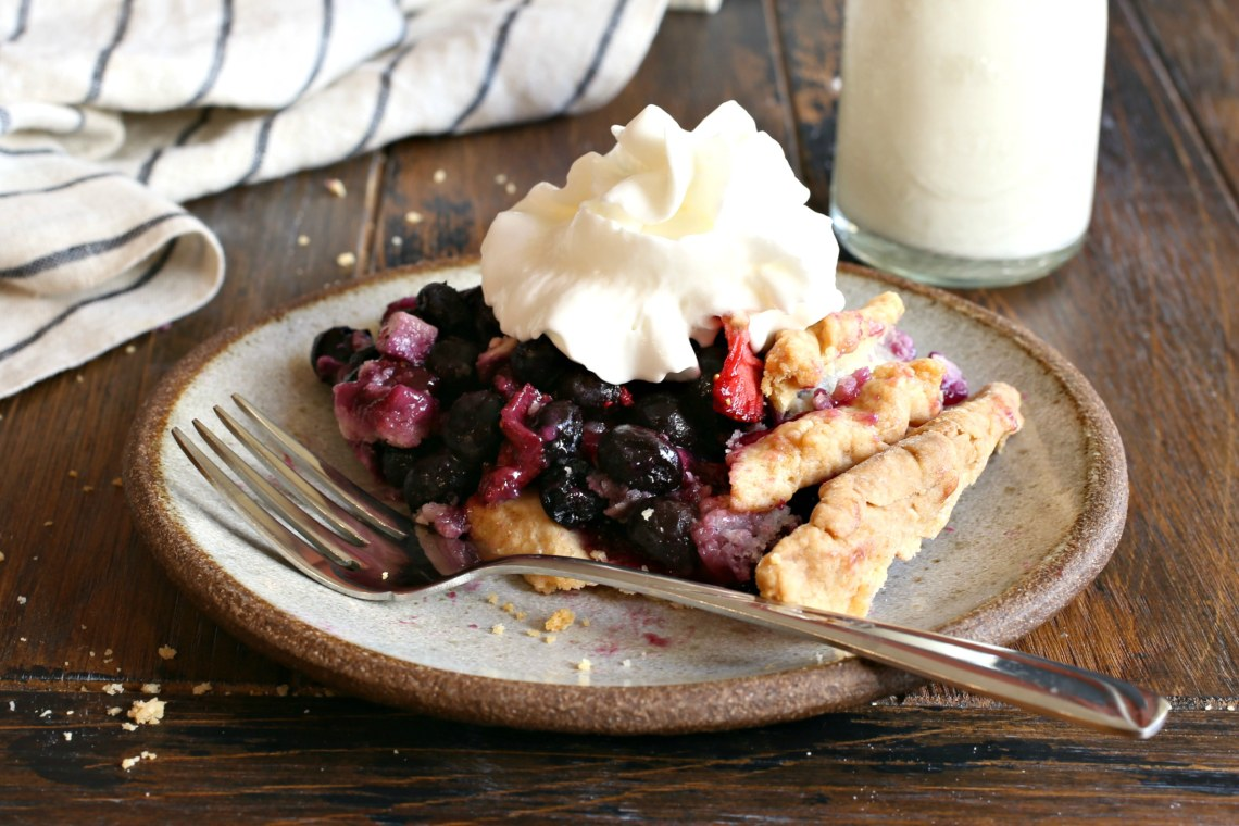 Mixed Berry and Goat Cheese Pie