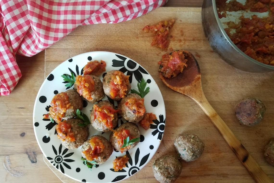 Baked Turkey Meatballs with Tomato Leek Chutney