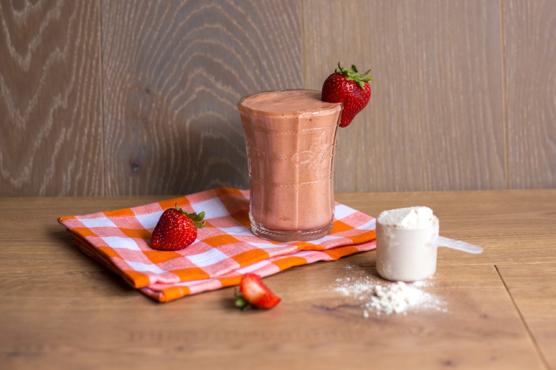 Peach Strawberry Protein Smoothie