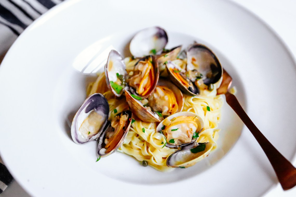 Clams with Linguine and Caper-Butter Sauce